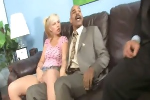 watchung my daughter getting screwed by dark dick